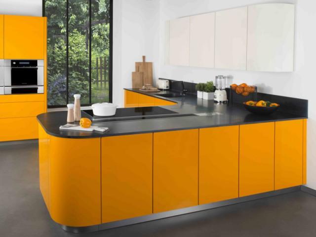 Un matériau idéal pour le plan de travail de la cuisine - Les usages de la résine minérale dans la maison