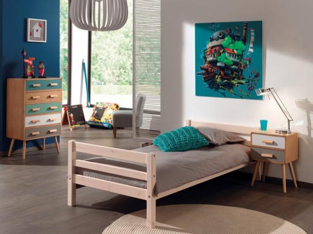 Une table de chevet en bois pour une chambre d'enfant scandinave - Tables de chevet originales pour une chambre d'enfant