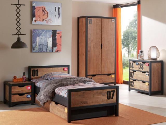 Une table de chevet bois et métal pour une chambre d'enfant industrielle - Tables de chevet originales pour une chambre d'enfant
