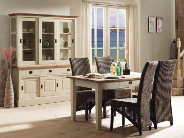 Un vaisselier blanc et bois pour une salle à manger à l'esprit marin - Un vaisselier dans ma salle à manger