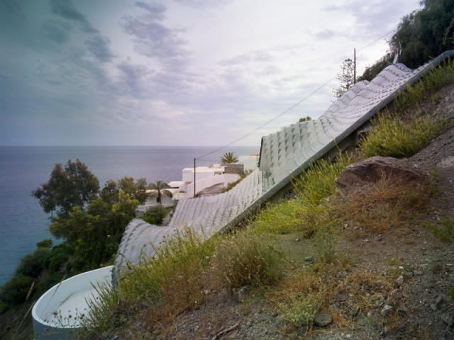 Une maison presque entièrement enterrée à flanc de colline - Casa Campos - GilBartolomé Arquitectos