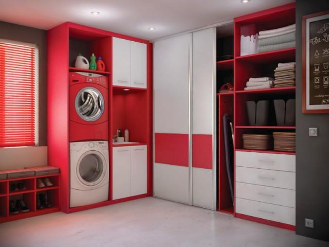 Une décoration rouge pour une buanderie dynamique - Aménager une buanderie