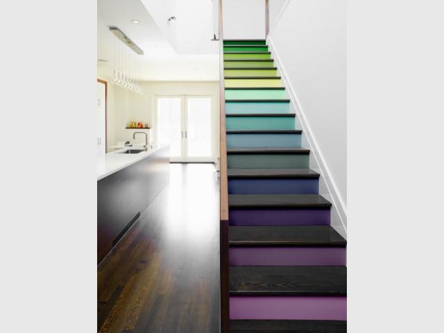 Des stickers colorés sur-mesure pour un escalier coloré sans effort - Escaliers personnalisés
