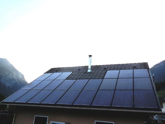 Un effet modernisant - Une maison avec panneaux solaires hybrides
