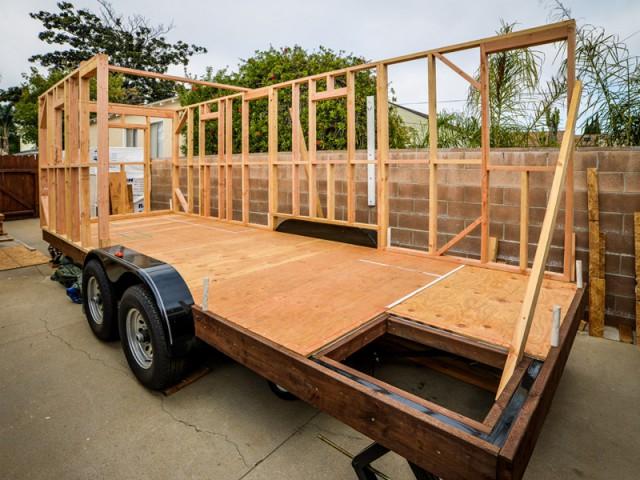 Auto-constructeurs sans compétence particulière - Tiny House Giant Journey