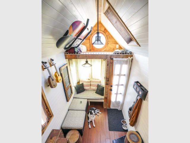 Des objets utiles comme éléments de décoration - Tiny House Giant Journey