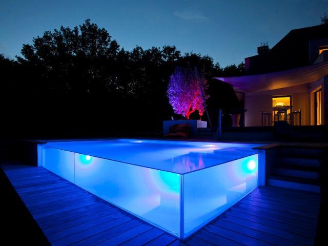 Catégorie de nuit - Trophées de la piscine 2015 : Des piscines de rêve chez soi (1/2)