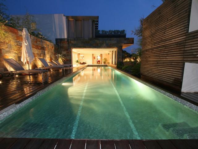 troph es de la piscine 2015 zoom sur les plus belles piscines de france 2 2. Black Bedroom Furniture Sets. Home Design Ideas
