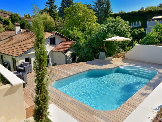 Catégorie piscine citadine inférieure à 30 m2 de forme libre - Trophées de la piscine 2015 : Zoom sur les plus belles piscines de France (2/2)
