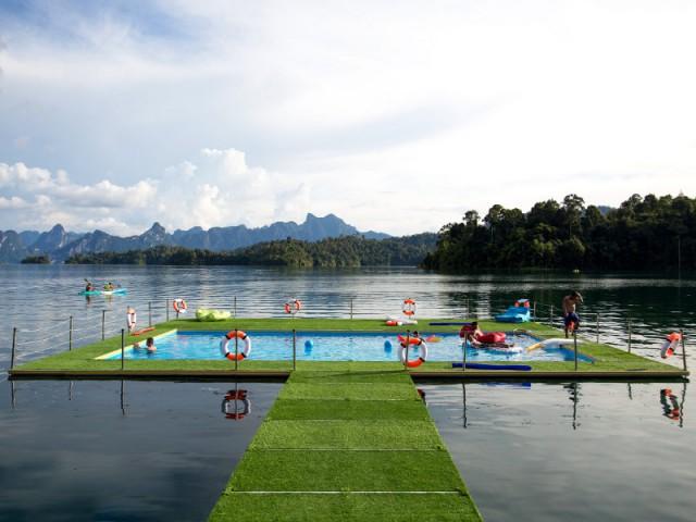 Une piscine flottante grand format - Mobipool
