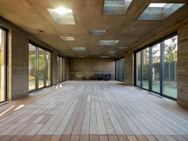 Un sol mystérieux en ipé... - SKP Architecture - Aqua System - L'esprit piscine