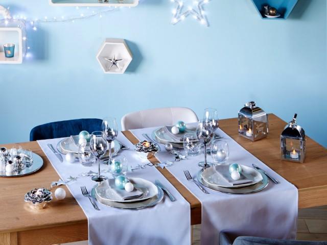Une table de Noël bleue et glacée - Tables de fêtes 2015