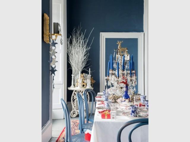 Une table de Noël bleue et royale - Tables de fêtes 2015