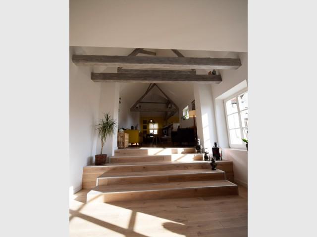 Des hauteurs sous plafond optimisée pour plus de lumière - Maison vigneronne rénovée
