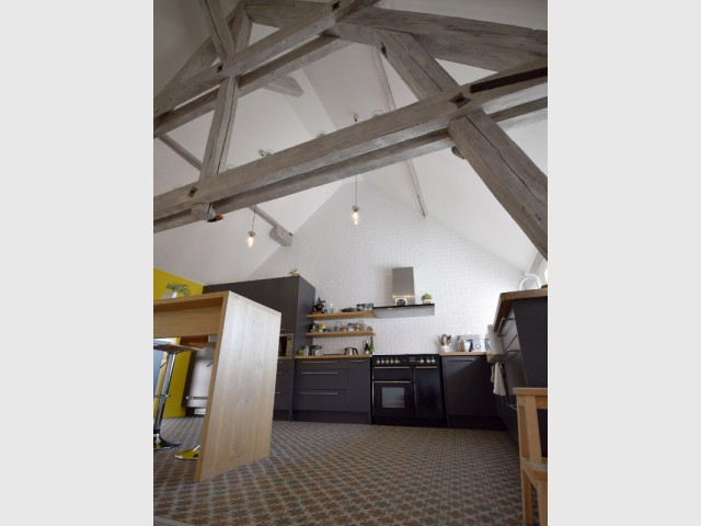 Une cuisine comme une cathédrale - Maison vigneronne rénovée