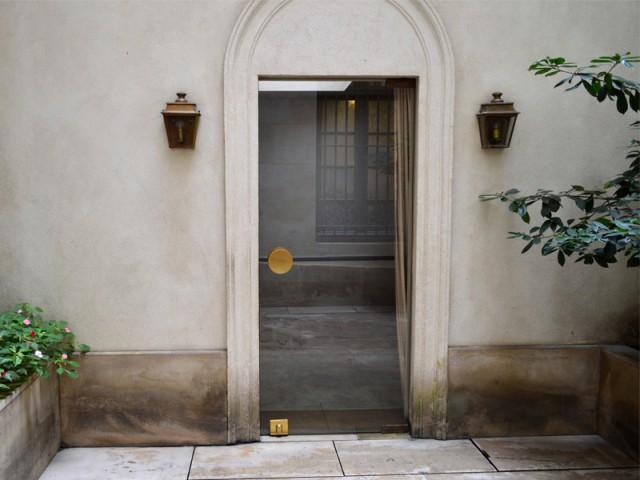Un bureau à l'architecture atypique - Rénovation d'une cave parisienne