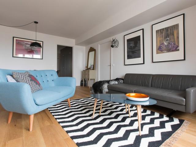 Salon redimensionné - Un appartement à l'élégante sobriété