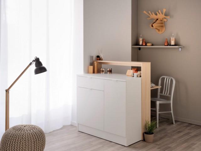 Un meuble double fonction pour cacher un coin bureau - Une séparation légère pour créer un bureau
