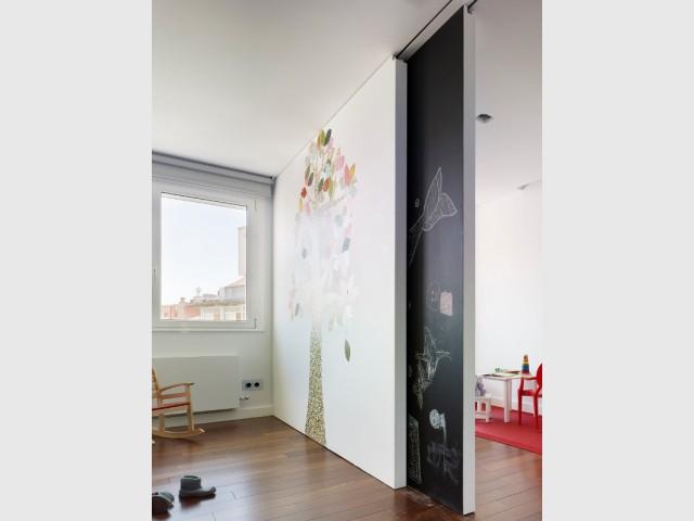 Une salle de jeu trois-en-un - Duplex à La Corogne par CastroFerro Architectes