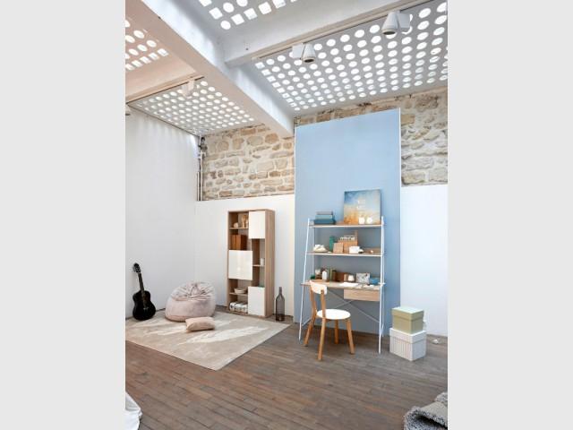 Un plafond perforé qui fait passer la lumière - Un plafond original