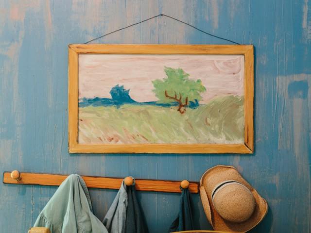 Des couleurs propices au voyage - Dormir dans la chambre de Van Gogh