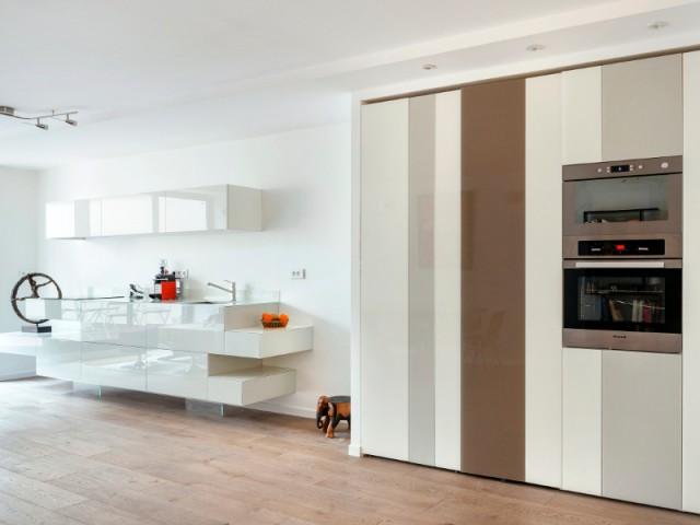 Des aménagements aussi discrets que possible - Une cuisine ultra-discrète