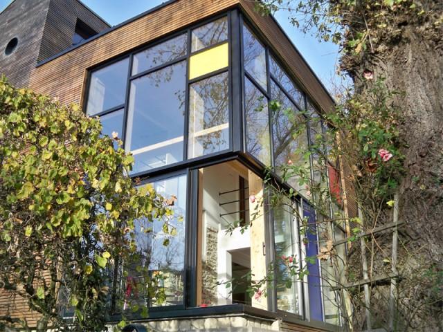Remplacement des menuiseries existantes  - Une maison transformée grâce à une seconde peau
