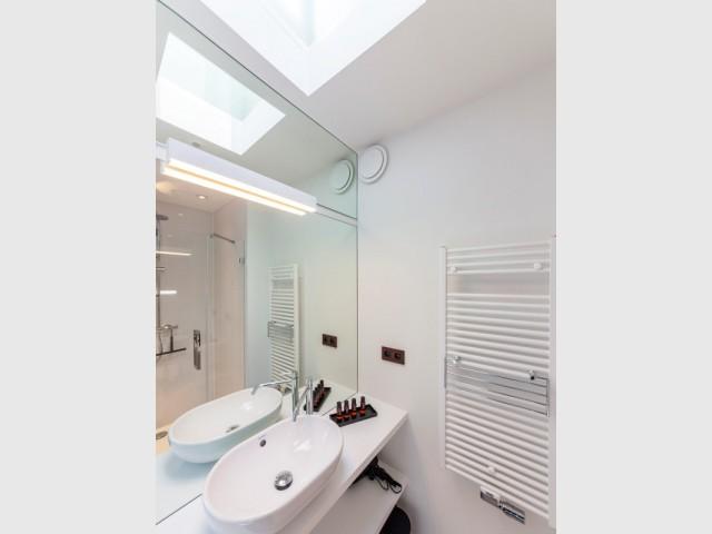 Un puits de lumière pour la salle de bains - Ceder 10