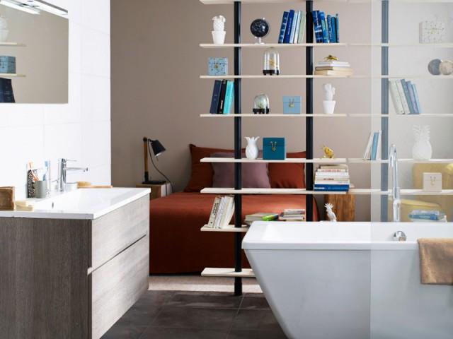Séparer la chambre de la salle de bains dans une suite parentale