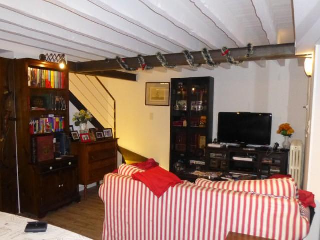 Un salon spacieux pour plus de confort - Un rez de jardin entièrement réaménagé