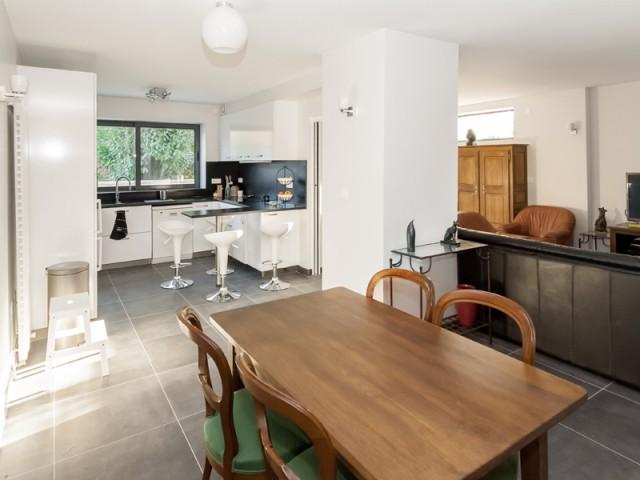 Un bel espace à vivre décloisonné - Rénovation et surélévation à Bry-sur-Marne