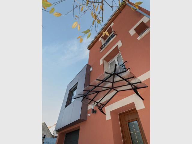 D'une allure sage à ultra contemporaine... - Rénovation et surélévation à Bry-sur-Marne