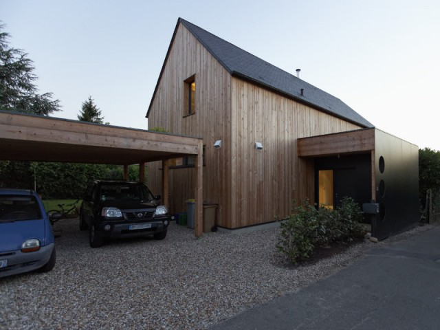 Une couleur de bois en négociation - Une maison passive alliant inspiration japonaise et performances énergétiques