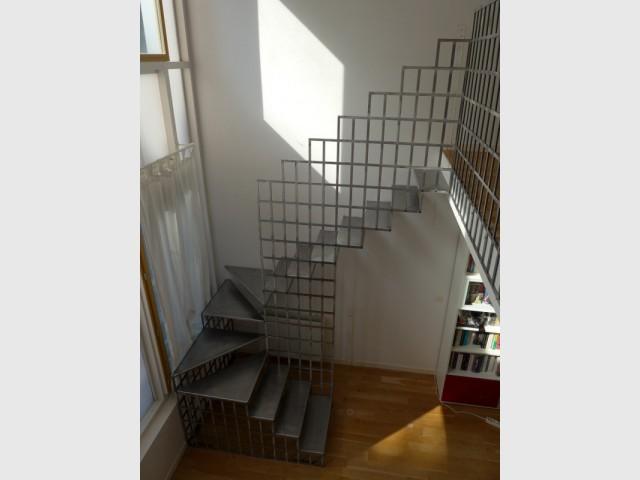 Un escalier en acier : léger mais solide - Une escalier en acier pour redynamiser une pièce