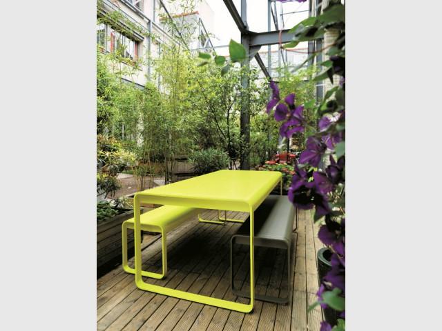 Du mobilier outdoor jaune pour un jardin design - Bien intégrer la tendance jaune soleil dans mon intérieur