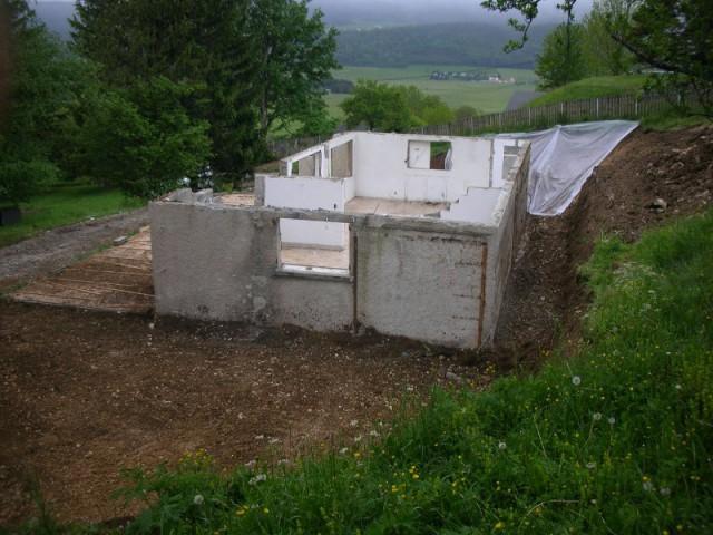 Déconstruire pour reconstruire en conservant la base de l'ancien chalet - Un chalet métamorphosé en maison d'hôtes