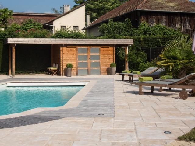 Un poolhouse pour plus d'intimité