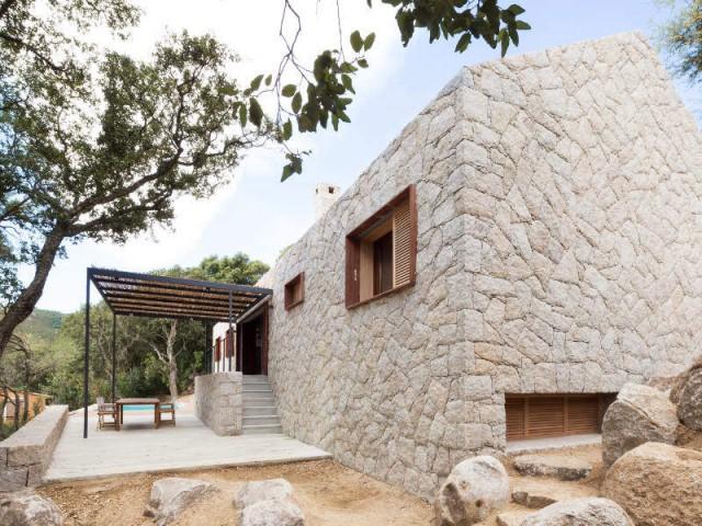 Une maison contemporaine s'allie aux traditions