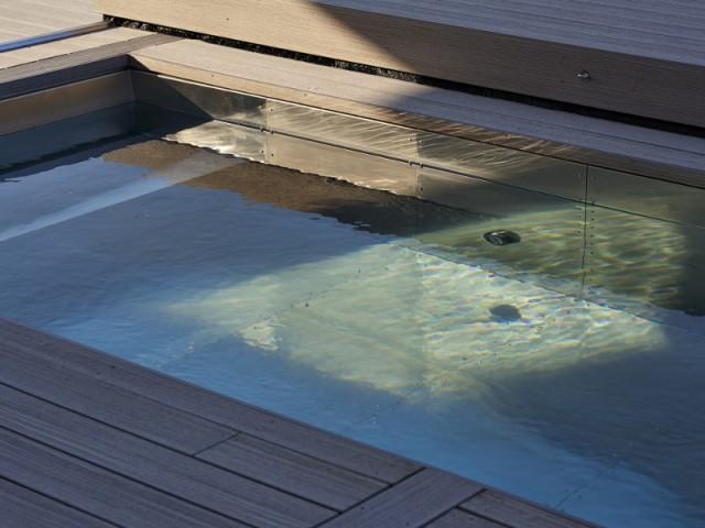 Un bassin en inox sans liner étanche