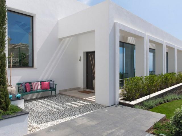 La gestion du soleil, une donnée majeure pour concevoir la villa - Une villa lumineuse entre mer et montagne