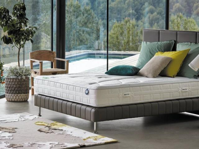 Un matelas enveloppant pour un sommeil reposant - Les nouveautés literie 2016
