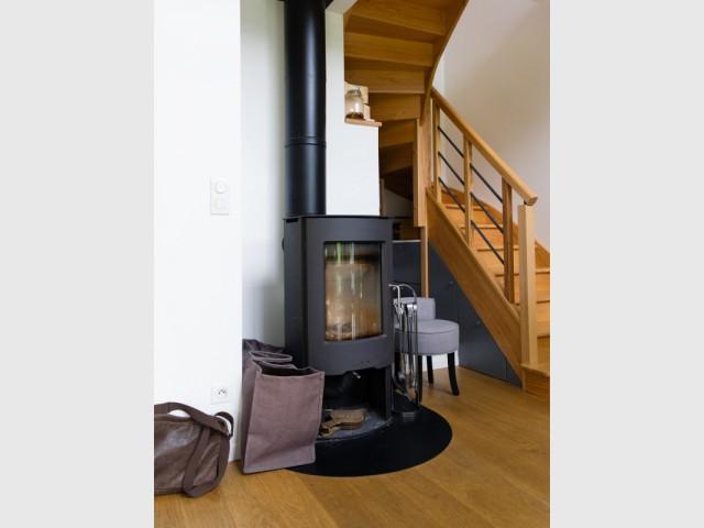 Une maison passive avec un chauffage unique - Une maison passive en bois bâtie dans la forêt