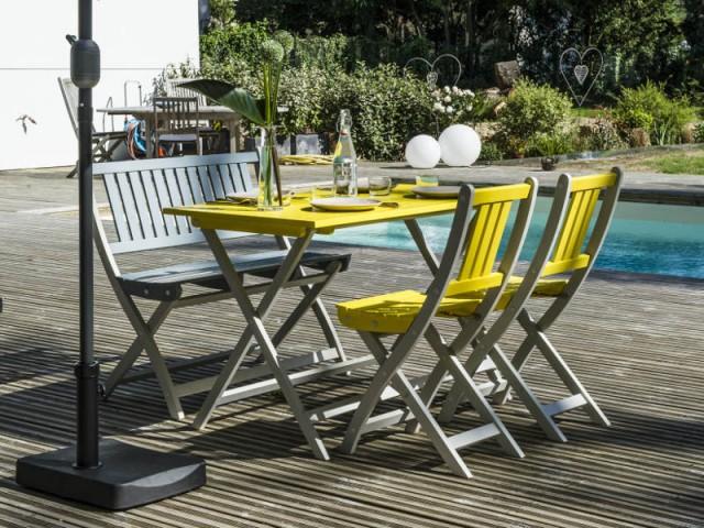 Une chaise de jardin deux places pour une ambiance énergisante - Dix fauteuils pour profiter de son jardin à deux