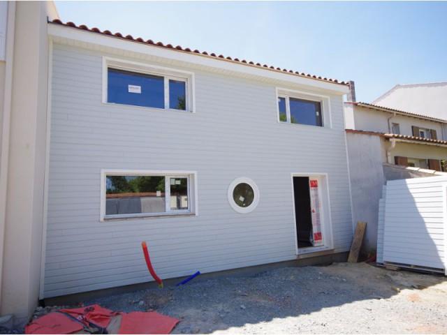 Une division parcellaire qui rend l'achat possible - Maison Parenthèse, La Rochelle