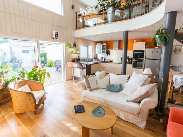 Un espace de vie aéré pour une maison lumineuse - Maison Parenthèse, La Rochelle