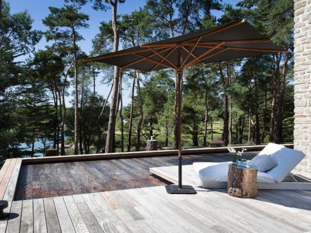 Un fond mobile pour une piscine à multiples fonctions - Une piscine à fond mobile, une terrasse optimisée