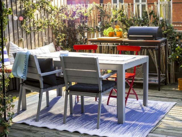 Un mini barbecue pour une ambiance champêtre - Dix cuisines d'extérieur pour la famille