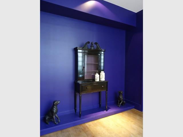 Un mur électrisant pour mettre en valeur le mobilier - La Cour des Consuls Hôtel inspire les particuliers