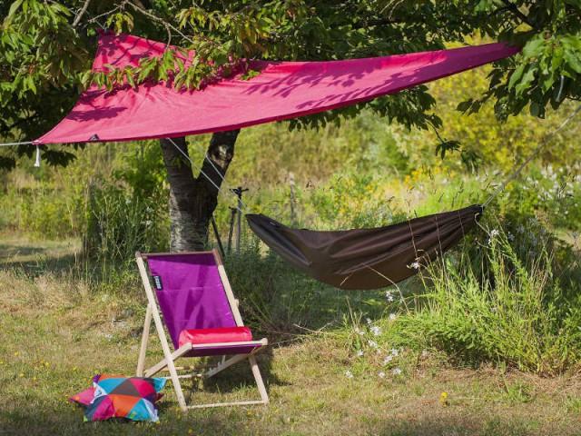 Une voile d'ombrage de camping pour une sieste en tout lieu - Quelles solutions pour se protéger du soleil ?
