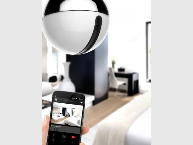 Une ampoule connectée pour détecter les mouvements  - Sécuriser sa maison à distance avec son smartphone